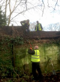 Crumpwood Weir work party - 8th January 2015