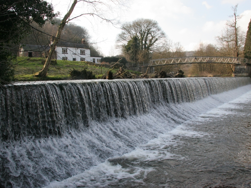 2009 view of the Weir