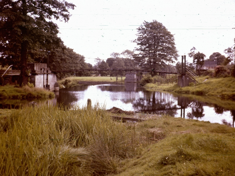 Crumpwood Weir in 1963. Photo JG Parkinson, by permission Online Transport Archive